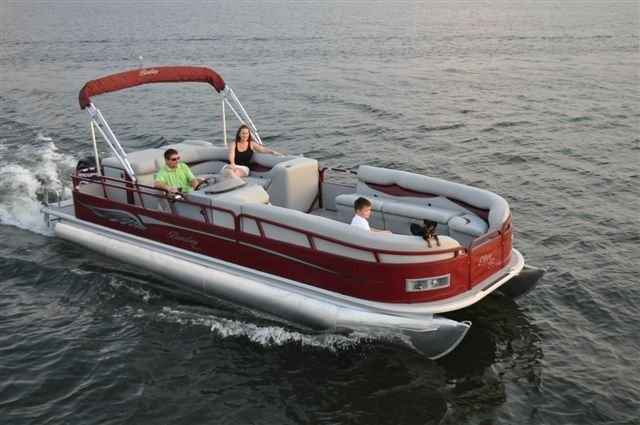 Ski boats jet skis pontoon boats and fishing boats for for Fishing boat rental